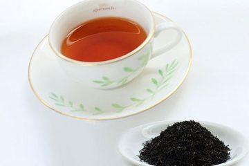 The Boston tea-party - Helen Gustafson