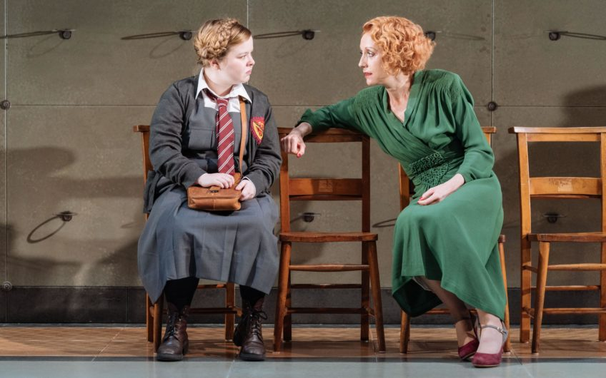 Nicola Coughlan Joyce Emily And Lia Williams Jean Brodie In The Prime Of Miss Jean Brodie Donmar Warehouse Directer Polly Findlay Designer Lizzie Clachan  Photo Manuel Harlan