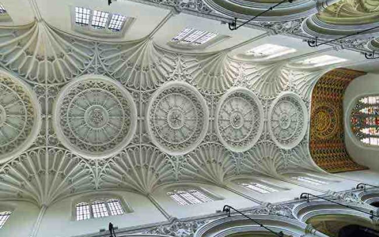 Wren's divine City churches - Harry Mount