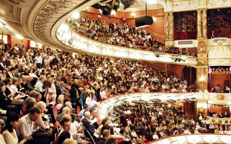 How Britain fell in love with opera
