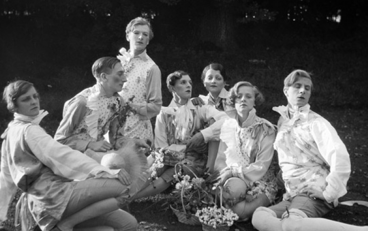 Olden Life: Who were The Bright Young Things?