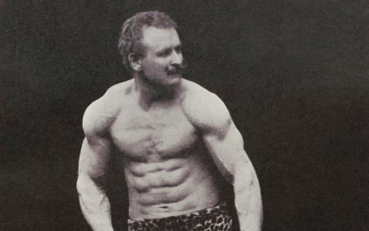Sport: The world's strongest man