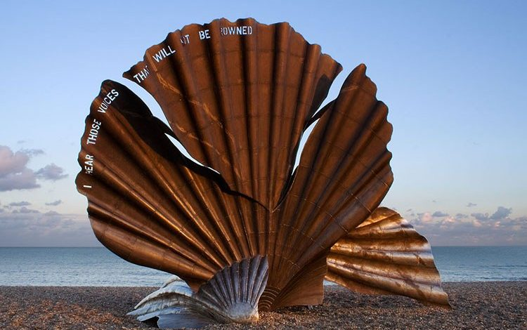 Maggi Hambling's lessons in painting – and drinking - Giles Wood